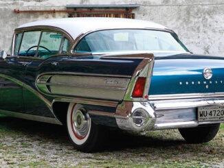 "1958 Buick Roadmaster Riviera Hardtop Sedan: ""When better Cars are built, Buick will build them!"" SWAY MAG #03: Text von Peter Lemke, Fotos: Carlos Kella"